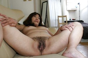 Mature Chinese Pussy Asian \ Sucking..