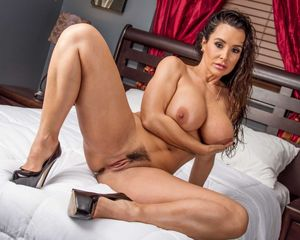 LISA ANN The Most Popular MILF All..
