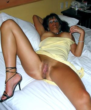 Busty mature girlfriend with smooth..