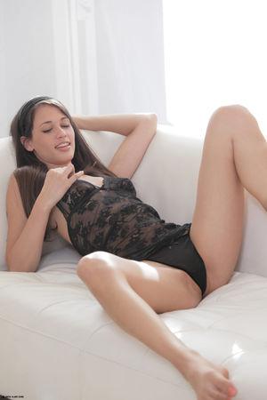 tiffany xartfamily nude at home