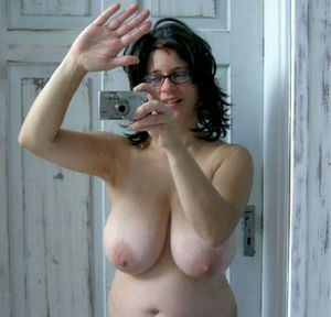 Lovely Big Tits women totally naked..