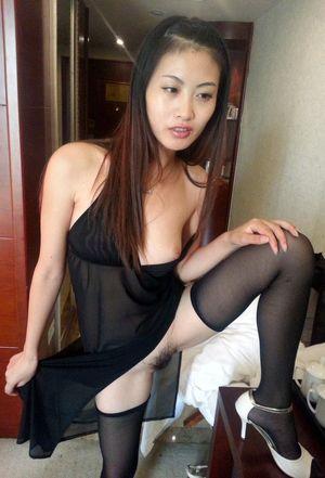 Skinny chinese slut with nice titties..