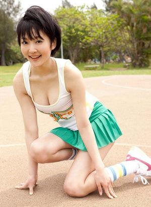 Popular pornmodel Yurika Narahara
