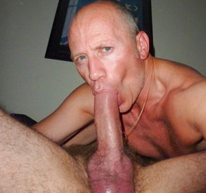 Gay men sucking cocks hamster - Gay -..