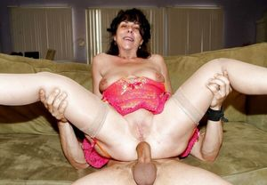 amateur milfs and matures analized -..