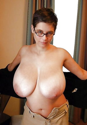 Big naturals saggy a boobs - Pics -..