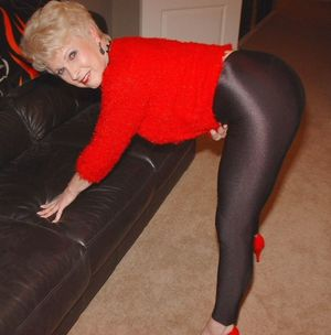 Grannies in leggings - Free Porn Jpg