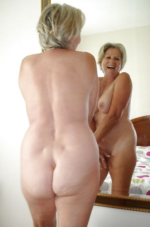 Mature lady Butts - Pics - xHamster
