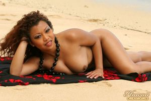 Jazmine Leih - photo gallery 016 -..