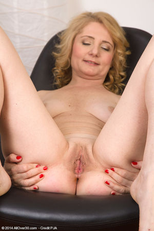 Hot older Isabella B peels jeans &..