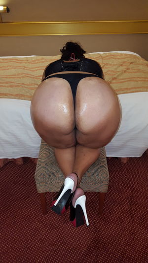 ass Porn Pic From Big butts Amateurs..