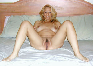 Amateur Milf Ex Wives and Girlfriends..