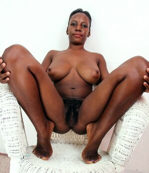 Dissolute black babes flaunted of..