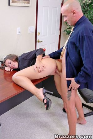 Penny Flame introduces herself in the..