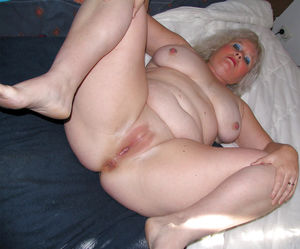 BBW fat chubby big tits hairy pussies..