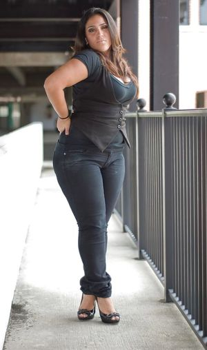 Chubby girls in jeans - Babes - Porn..