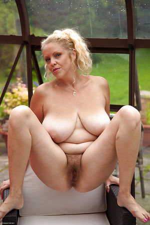 Www donne mature in - MILF