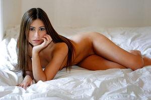 Stunning pics of beautiful Girls -..