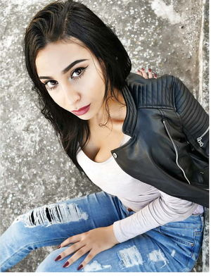 Hot Sexy Arab Teen Girl - Tunisia -..