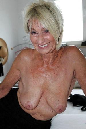 Matures & Grannies 202 Zdjęć 94..