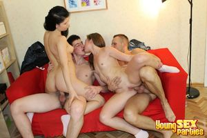 Young Sex Parties - Chicks fucked by..