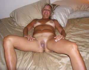 Amatuer wife big pussy - Hot Nude