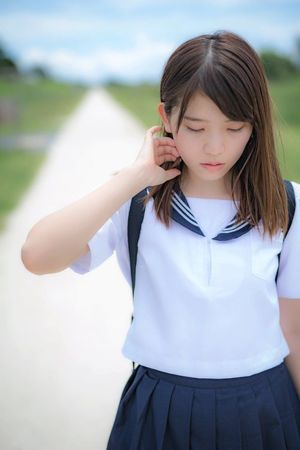 schoolgirl-asiaschoolgirl tawse