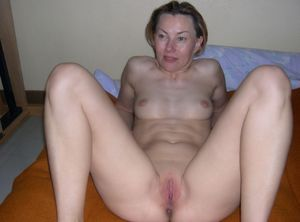 russian housewife chantal fucking 29 -..