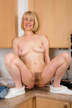 55 yr old milf 2+ FREE XXX High..