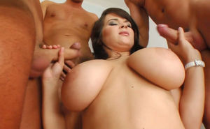 Nasty mommy with big boobs Bonnie gets..