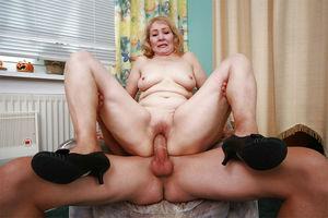 Mature natural sex story woman - MILF