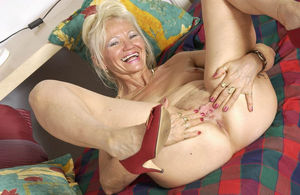Porn with elderly women - Other