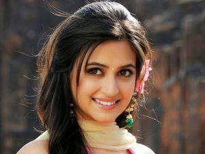Bollywood Actress HD Wallpapers..