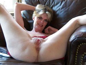 Older Amateur Women  - Pics -..