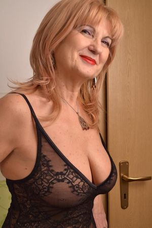 Sexy mature mature - Adult gallery