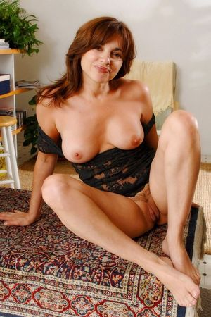 Mature Brunettes I Love, Photo album..