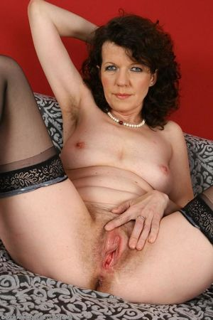 FREE 40 Year Old Milf Hairy Pussy