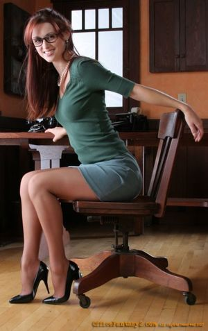Dream girl office fantasy! Beautiful..