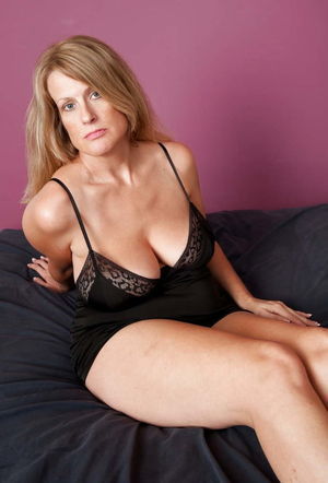 Sexy Busty Mature Milf Jo, Bedroom..