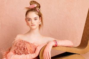 willow hand model teen vogue september..