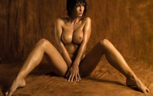 Naked Women Wallpaper...