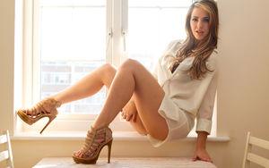 La Soubrette, profil de Sophie Knight,..