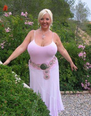 Mature ladys wth big boobs - Big tits