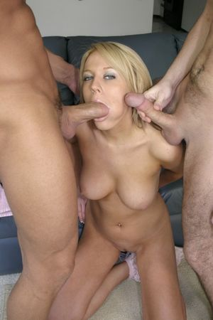 · amateur anal blonde pornstar..