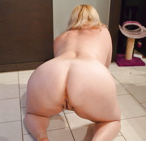 Ripe Fruits - Big Ass Wives - Pics -..