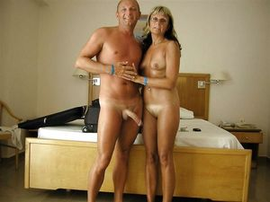 Amateur Naked Couple 29 Medium Quality..