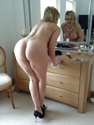 Amateurs Matures Grannies Housewives -..