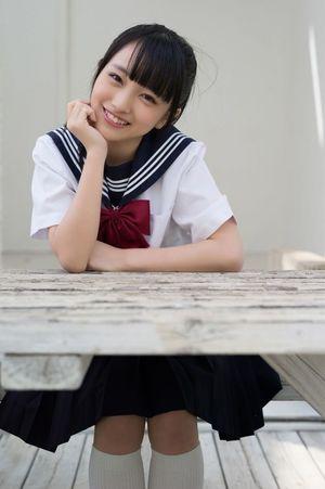 向 井 地 美 音 Mukaichi Mion..