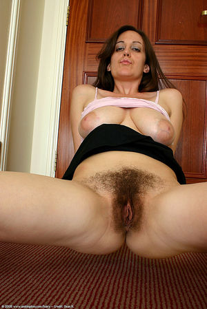 Brunette mature hairy pussy thumbs -..