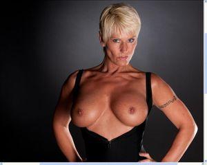 short haired milf hottie Blonde Porn Jpg